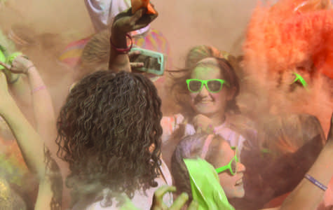 Colorflash Raises Money for Cancer Research