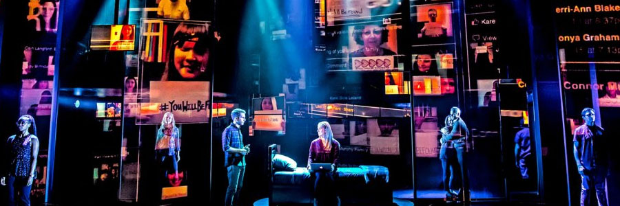 %22Dear+Evan+Hansen%2C%22+the+story+of+a+socially+anxious+teenager%2C+makes+audiences+think.++%28from+%22Hollywood+Reporter%22%29