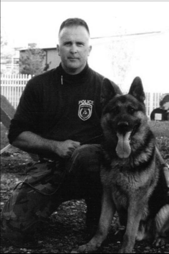 James+Apgar+was+part+of+a+canine+unit+before+working+as+a+resource+officer.
